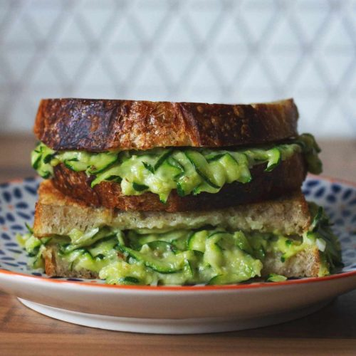 A grilled cheese sandwich with courgette and cheese filling